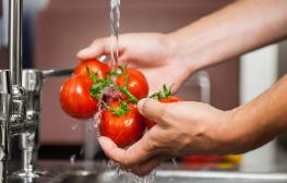 ล้างผักผลไม้ยังไงให้ปราศจาก-ยาฆ่าแมลงและสารพิษต่างๆ